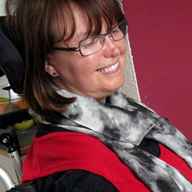 Anja Clement. Vorstand im ALS-mobil e.V. und reisefreudige ALS-Betroffene